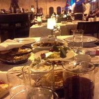 Снимок сделан в Bayazhan Meyhane пользователем Alper AHİ 8/28/2015