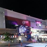 Foto diambil di Forum Cancún oleh Manu G. pada 3/10/2013