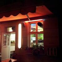 Das Foto wurde bei Zia Maria von Alessio M. am 9/23/2012 aufgenommen