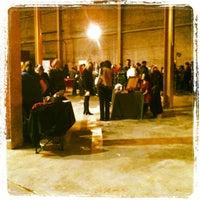 Foto scattata a Walkerville Brewery da Nicole D. il 11/16/2012