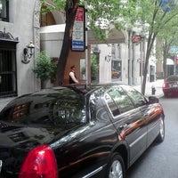 Foto tirada no(a) Lombardy Hotel por Bismar S. em 9/17/2012