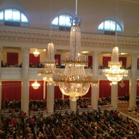 Photo prise au Grand Hall of St Petersburg Philharmonia par Slavik T. le3/27/2013