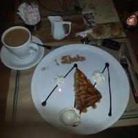 รูปภาพถ่ายที่ Shaka Restaurant Bar & Cafe โดย Metehan G. เมื่อ 3/18/2013