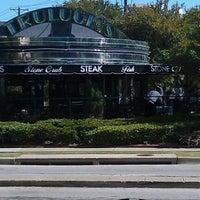รูปภาพถ่ายที่ Truluck's โดย Bill B. เมื่อ 9/19/2012