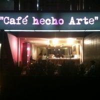 7/6/2013 tarihinde Bettuso L.ziyaretçi tarafından La Octava Cafe'de çekilen fotoğraf
