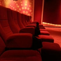 รูปภาพถ่ายที่ Spectrum Cineplex โดย Gökce I. เมื่อ 10/14/2012