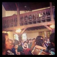 Foto tomada en Iglesia Luterana de La Santa Cruz en Valparaíso por Roki N. el 11/2/2012