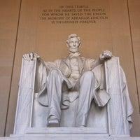 Photo prise au Mémorial Lincoln par Isabela M. le5/25/2013