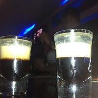 Foto tirada no(a) Kuşadası Club Bar por Efe B. em 6/21/2013