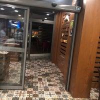 Снимок сделан в Liv Suit Hotel пользователем Şeyhmus Ç. 9/29/2018