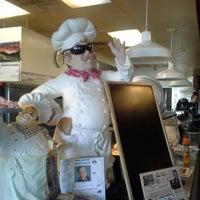 Foto scattata a Lover's Pizza & Pasta da Chris C. il 10/24/2012