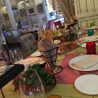 11/27/2016 tarihinde Ксения Д.ziyaretçi tarafından Florentini City Cafe'de çekilen fotoğraf