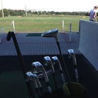 Foto scattata a Golf-Club Golf Range Frankfurt Bernd Hess e.K. da Lia il 8/16/2013