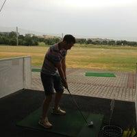 Das Foto wurde bei Golf-Club Golf Range Frankfurt Bernd Hess e.K. von Lia am 7/28/2013 aufgenommen
