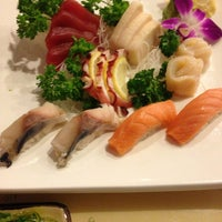 1/11/2013 tarihinde Kirk R.ziyaretçi tarafından Kyoto Sushi Bar'de çekilen fotoğraf