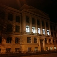 10/22/2016 tarihinde Mike M.ziyaretçi tarafından ДДЮТ ПУШКИН'de çekilen fotoğraf