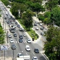 Foto tirada no(a) Avenida Fernandes Lima por eugenio r. em 6/18/2013