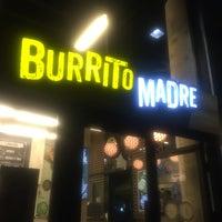 รูปภาพถ่ายที่ Burrito Madre โดย Danijela . เมื่อ 8/20/2016