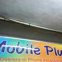 Foto tirada no(a) Mobile Plus por Infaz I. em 11/1/2012