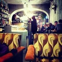 Foto scattata a 2Periodico Cafè da Alessandra K. il 1/26/2013