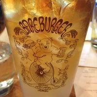 Photo prise au Bareburger par Serina le10/7/2013