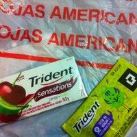 Foto tirada no(a) Lojas Americanas por Bianca J. em 12/6/2012