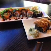 Снимок сделан в Sushi Delight пользователем Weida D. 8/2/2013