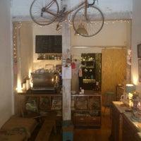 9/22/2012에 Pablo C.님이 Toma Café에서 찍은 사진