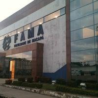 Foto tirada no(a) Faculdade de Macapá - FAMA por Guga em 11/5/2012