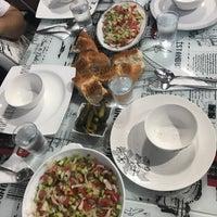 Foto scattata a Aksu Çarşı da Büşra G. il 6/6/2017