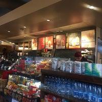 11/9/2018 tarihinde Khalid A.ziyaretçi tarafından Starbucks'de çekilen fotoğraf