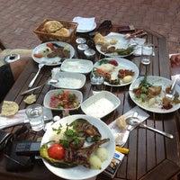 Photo prise au Koçlar Restaurant ve Dinlenme Tesisi par Nail P. le7/19/2013