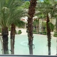 รูปภาพถ่ายที่ Hard Rock Hotel Las Vegas โดย Rich F. เมื่อ 7/21/2013
