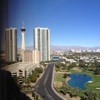 Снимок сделан в LVH - Las Vegas Hotel & Casino пользователем Michael O. 10/27/2012