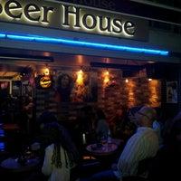 10/18/2012 tarihinde murat D.ziyaretçi tarafından Beer House'de çekilen fotoğraf