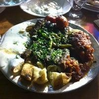 10/20/2012 tarihinde Yesimziyaretçi tarafından Güney Kebap'de çekilen fotoğraf