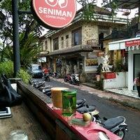 2/8/2016 tarihinde Yussi A.ziyaretçi tarafından Seniman Coffee Studio'de çekilen fotoğraf