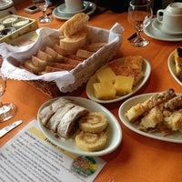 Foto tirada no(a) Café Colonial Walachay por Fabricio S. em 7/20/2013