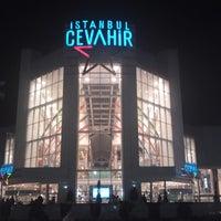 Foto tirada no(a) Cevahir por Neslihan A. em 10/23/2012
