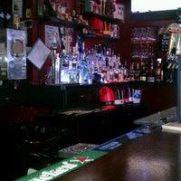 Das Foto wurde bei Ace's Bar von Dale S. am 7/24/2013 aufgenommen