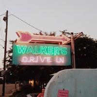 Das Foto wurde bei Walker's Drive In von Andreas am 7/14/2014 aufgenommen