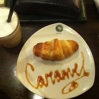 Снимок сделан в Coffeeshop Company пользователем Elli N. 11/22/2012