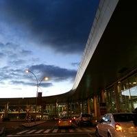 Foto diambil di Aeropuerto Internacional El Dorado (BOG) oleh Kelvin G. pada 7/13/2013