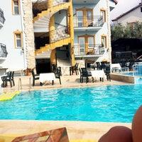 8/19/2017 tarihinde Esra Gül G.ziyaretçi tarafından Hotel Cypriot'de çekilen fotoğraf