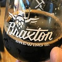 Foto diambil di Braxton Brewing Company oleh Chris T. pada 12/5/2015