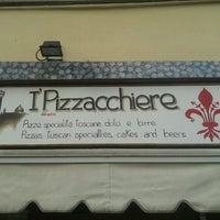 Foto tirada no(a) I' Pizzacchiere por alfredo c. em 10/3/2012