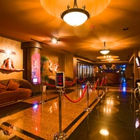 Foto tirada no(a) Sapphire Gentlemen's Club Las Vegas por Sapphire Gentlemen's Club Las Vegas em 9/6/2013