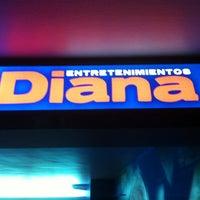 รูปภาพถ่ายที่ Entretenimientos Diana โดย Andres M. เมื่อ 10/5/2012