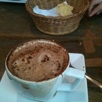 รูปภาพถ่ายที่ Mon Petit โดย Marcela C. เมื่อ 9/29/2012