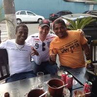 Foto tirada no(a) Bar do Zinho por Logan C. em 6/14/2014